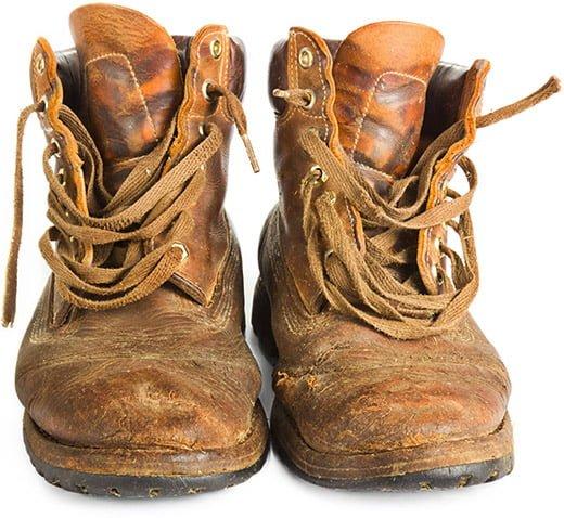 Suutarin lasten vanhat kengät